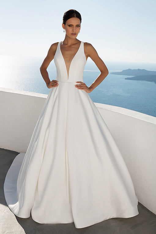 88021 Wedding Dress by Justin Alexander