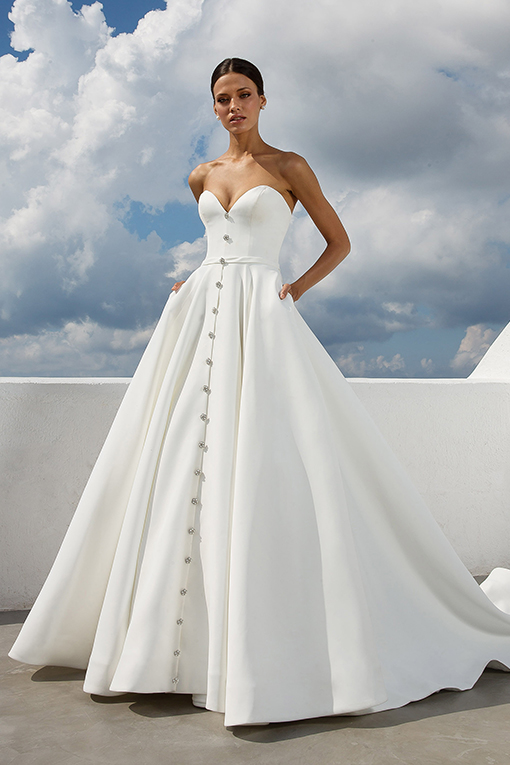 88025 Wedding Dress by Justin Alexander