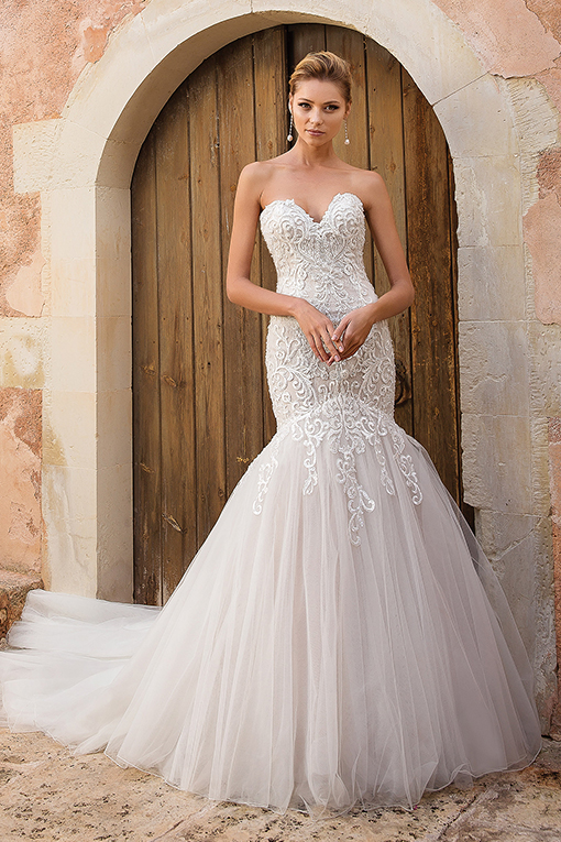 88051 Wedding Dress by Justin Alexander