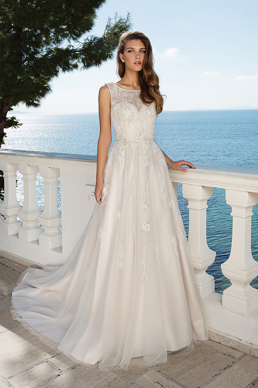 88091 Wedding Dress by Justin Alexander