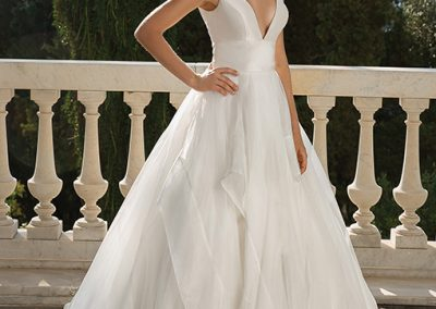 88093 Wedding Dress by Justin Alexander