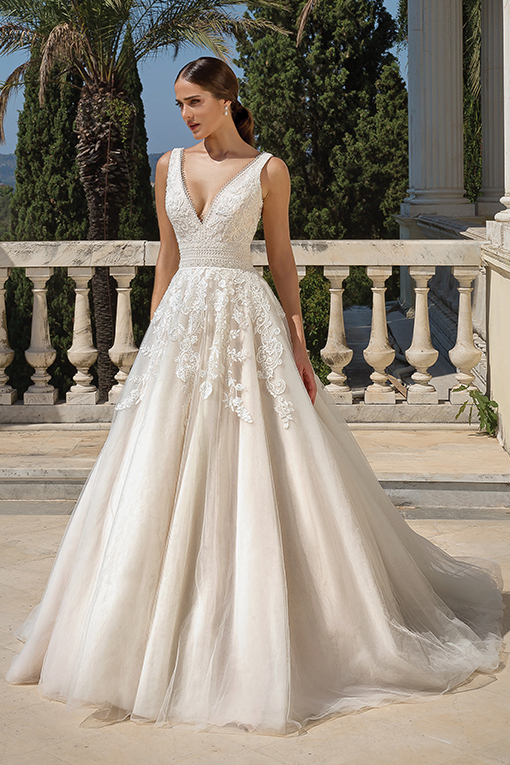 88100 Wedding Dress by Justin Alexander