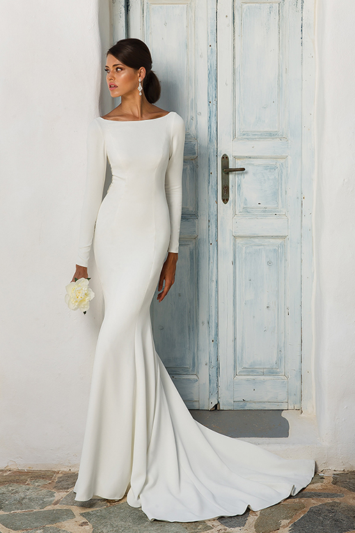8936 Wedding Dress by Justin Alexander